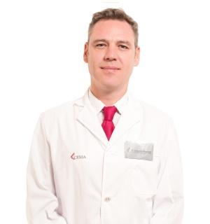 Dr. Eduardo Alvarado