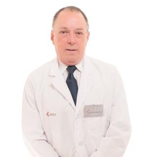 Dr. Luis Casasola