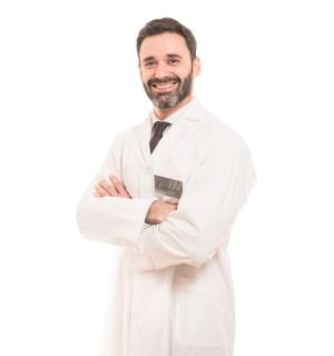 Dr. Andrés Castellarin